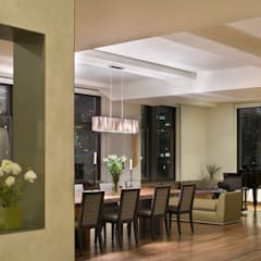 Empire State Loft:  Dining room by Koko Architecture + Design