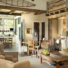 Country Farmhouse:  Living room by Jeffrey Dungan Architects