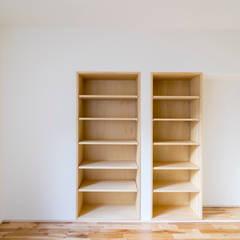 子ども室は将来2つに区切れるように計画: 株式会社エキップが手掛けた子供部屋です。