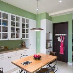غرفة السفرة تنفيذ 微自然室內裝修設計有限公司