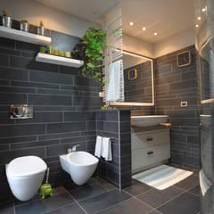 ห้องน้ำ โดย PROGETTO Bi, อินดัสเตรียล