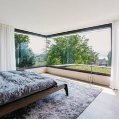 Objekt 336 / meier architekten: moderne Schlafzimmer von meier architekten