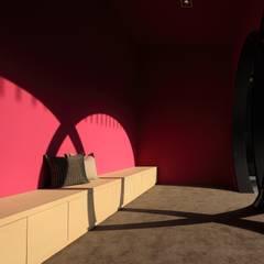 等待區:  展覽中心 by Arcadian Design 冶鑄設計