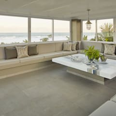Beach Front House:  Conservatory by JSD Interiors