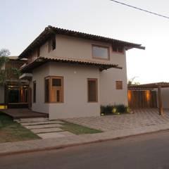 บ้านและที่อยู่อาศัย by Cia de Arquitetura