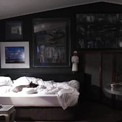 Bedroom by David Strauss Interiors