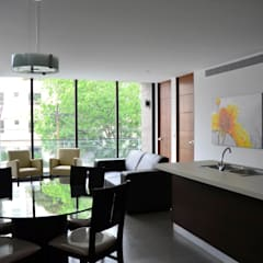 TORRE VISUM: Comedores de estilo  por TREVINO.CHABRAND | Architectural Studio