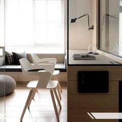現代風 Modern Style:  書房/辦公室 by iDiD點一點設計