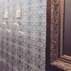 R&I: eclectische Badkamer door MEL design_