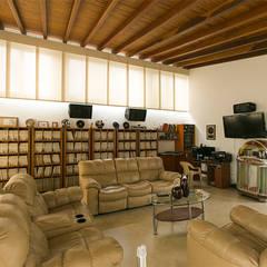 Sala: Salas de estilo  por Arquitectura Positiva