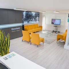 Clinics by Ideas Interiorismo Exclusivo, SLU,