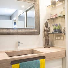 VIVIENDA C46: Baños de estilo  de Fran Clausell · Interiorismo Sostenible
