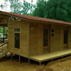 Casas de estilo  de WoodMade