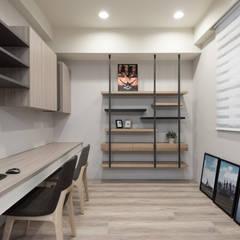 Study/office by 思維空間設計