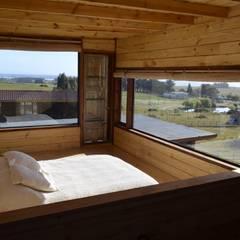CASA AF: Dormitorios de estilo  por BLAC arquitectos