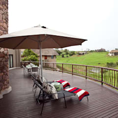 African dream:  Patios by House of Decor, Classic