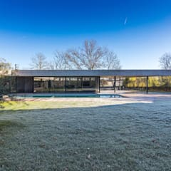 maison onet l eglise: Maisons de style  par Hugues TOURNIER Architecte