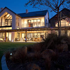 RESIDENCE 1111:  Houses by Architects Of Justice, Rustic