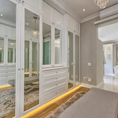 Dressing room by House Couture Interior Design Studio