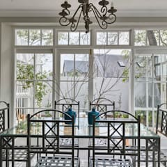 Saffraan Ave:  Dining room by House Couture Interior Design Studio