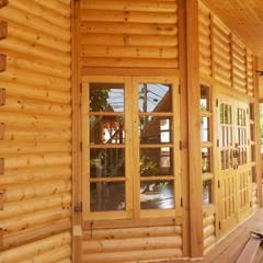 Log home นาคนิวาส44:  อาคารสำนักงาน by Sukjai Logcabin Partnership