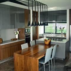 Cocinas de estilo  por Narda Davila arquitectura,