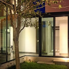 Jardín interior : Jardines de estilo  por Narda Davila arquitectura