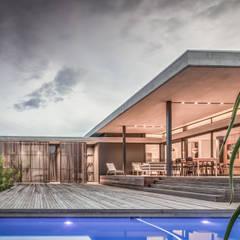 Umhlanga house 7:  Houses by bloc architects,