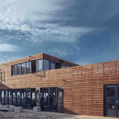 Beachsportpaviljoen, Scheveningen:  Bars & clubs door Architectenbureau Filip Mens