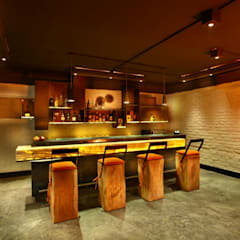 Bar:  Media room by groupDCA