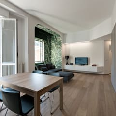 8760 dm2: Sala da pranzo in stile  di Tommaso Giunchi Architect