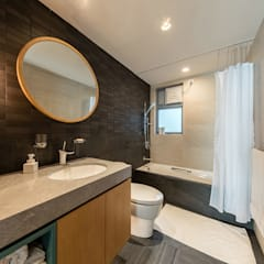 :  Bathroom by arctitudesign