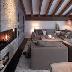 Living room by Go Interiors GmbH
