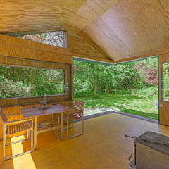 Thoreau's Cabin Country style dining room by cc-studio Country Wood Wood effect