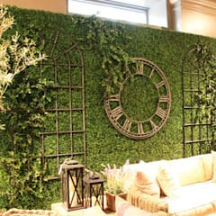 Artificial boxwood hedges for backdrop wall:  Bars & clubs by Sunwing Industrial Co., Ltd.