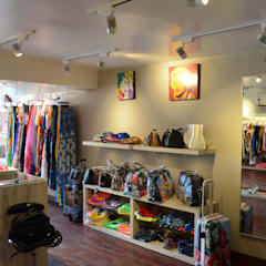 Boutique At Baga Beach, Goa, India:  Commercial Spaces by rahulsuratkar