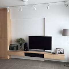 3-rm BTO Jalan Tenteram :  Living room by Singapore Carpentry Pte Ltd,Scandinavian