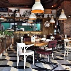 CHEF BURGER: Locales gastronómicos de estilo  por FABIAN PEREZ ARQUITECTO