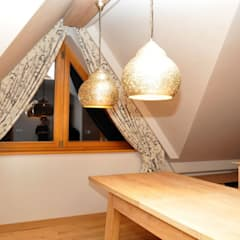 Dekoracje okien: styl , w kategorii Okna zaprojektowany przez Gama Styl