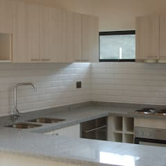 Kitchen by Lares Arquitectura