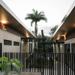 PARQUE EDUCATIVO DE SOPETRÁN ANTIOQUIA: Terrazas de estilo  de santiago castrillón hincapié
