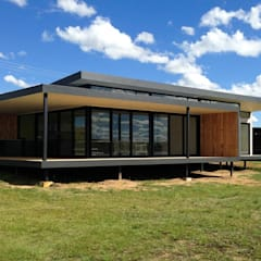 modern Houses by Inizio homes