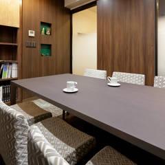 商談コーナー: 株式会社Juju INTERIOR DESIGNSが手掛けたオフィススペース&店です。