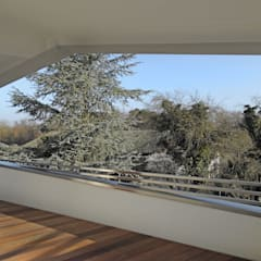 Einfamilienhaus Waghäusel:  Terrasse von Miccoli ARCHITEKTUR+IMMOBILIEN Atelier