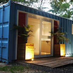 Fachada : Casas  por Casa Container Marilia - Arquitetura em Container