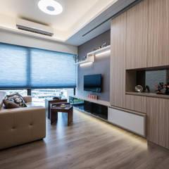 。甜蜜機能宅。:  客廳 by 你你空間設計