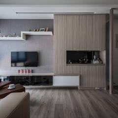 Living room by 你你空間設計