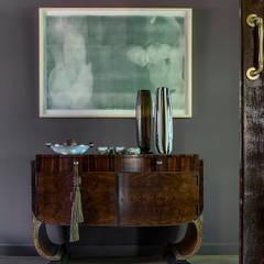 Hôtels originaux par W Cubed Interior Design Éclectique Bois Effet bois
