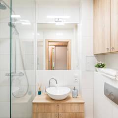 łazienka: styl , w kategorii Łazienka zaprojektowany przez jw architektura