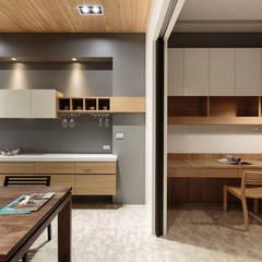 classic Kitchen by IDR室內設計